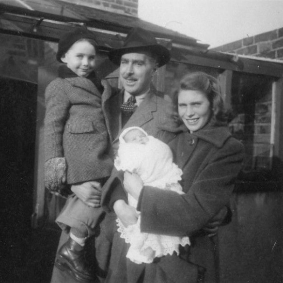 10 Nanny Africa Kenneth and Antonie with Kenneth and Veronica in January 1951 - London W13
